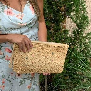 Vintage Woven Basket Tan Zipper Clutch Hand Bag